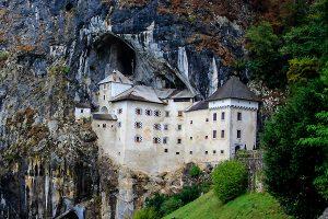 predjama castle crotrips tours- shore excursions croatia